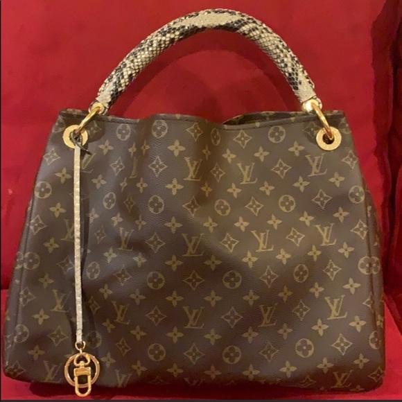 Louis Vuitton Handbags - Louis Vuitton bag